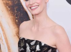 Jessica Chastain Shines In Piaget Jewellery At Cfda Fashion Awards