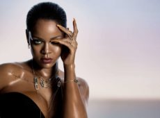 "Chopard Reveals A Collaboration With Rihanna To Create The ""Rihanna ♥ Chopard"" Collections"